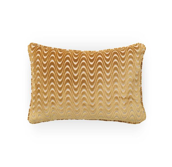 22 IN. X 15 IN. DOWN ACCENT PILLOW, WESTON - ORO, hi-res