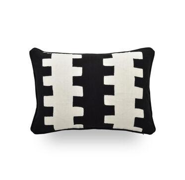 SINGLE 18X12 DOWN WITH WELT ACCENT PILLOW, CHASE - BLACK & WHIT, hi-res