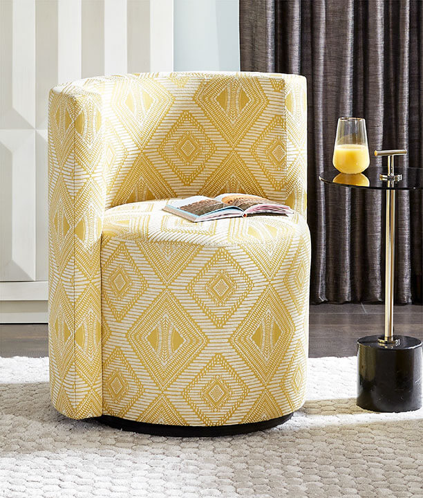 Poppy Swivel Chair in Calypso-Canary